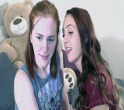 Novinhas super lindas lesbicas