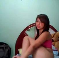 Novinha é interrompida pela mãe enquanto se masturbava – hotloove.comhotloove.com