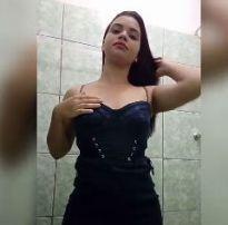 Caiu na net novinha crente mostrando a buceta no banheiro – m3u online videos amadores e novinhas