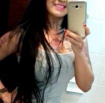 Morenaça caiu bonito na net com fotos e vídeos