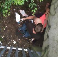 Casal é flagrado fazendo sexo debaixo do viaduto em são paulo