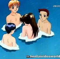 Garotinha hentai sendo fodida gostoso por tres safadinho debaixo da água
