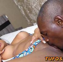 Ana julia encarando um sexo anal com negão